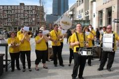 optreden plein almere 02-04-2011 012