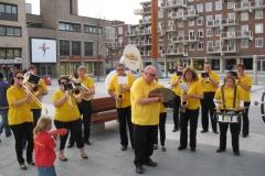 optreden plein almere 02-04-2011 023