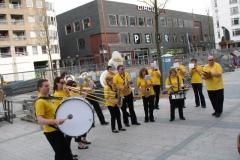 optreden plein almere 02-04-2011 027