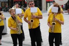 optreden plein almere 02-04-2011 033